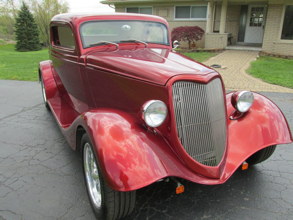 SOLD – 1934 Ford 3-Window Coupe Street Rod – $49,500 « Ross Customs