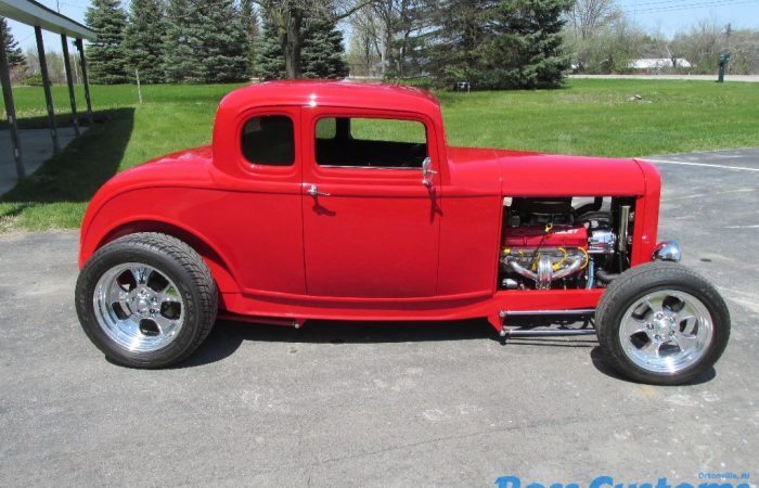 SOLD SOLD - 1932 Ford 5 Window Coupe