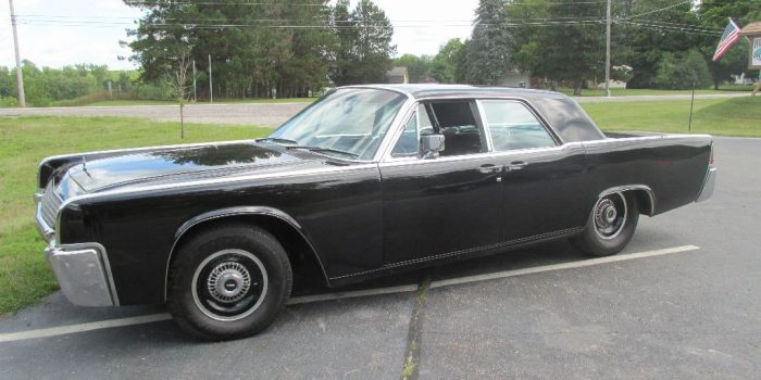 SOLD SOLD - 1961 Lincoln