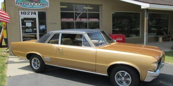 SOLD SOLD - 1964 Pontiac LeMans 400 - 4 Speed