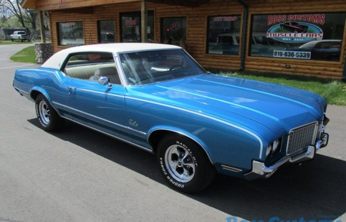 SALE PENDING - 1972 Oldsmobile Cutlass Supreme - #'s Matching